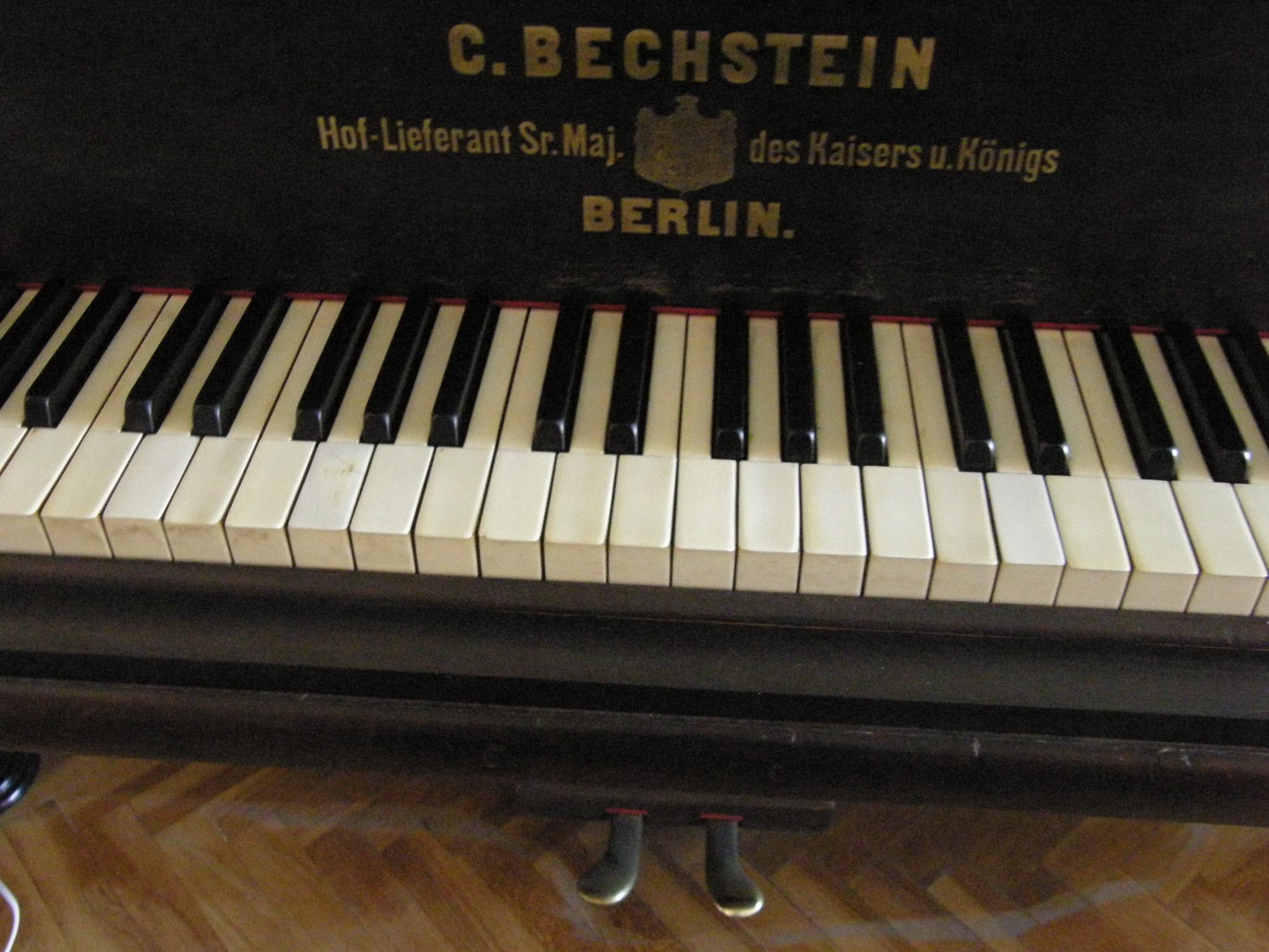 Laura Martín's Bechstein piano
